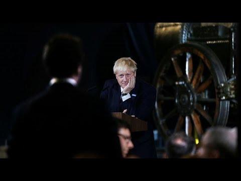 شاهد جونسون يوجّه رسالة تحذيرية إلى الاتحاد الأوروبي