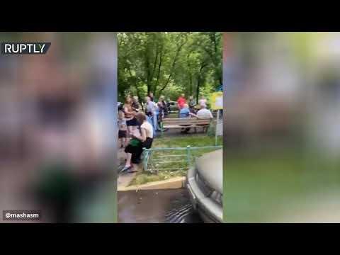 شاهد فيديو يوثق رعب أهالي بناية في موسكو بعد انفجار