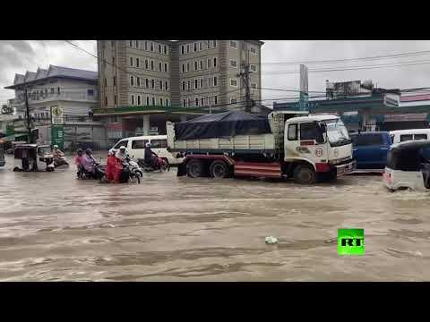 مقتل 11 شخصًا جراء فيضانات اجتاحت العاصمة الكمبودية