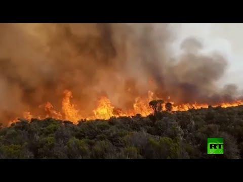استمرار الحرائق على جبل كليمنجارو الأعلى في إفريقيا